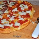 'a pizza (delle Simili)