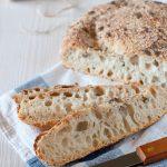 Pane senza impasto (a lunga lievitazione)