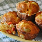 Muffin con olive, pachino ed emmenthal