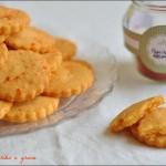 Biscottini paprika e grana