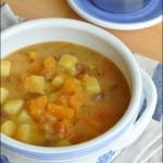 Zuppa di patate fagioli e zucca