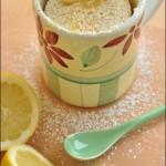 5 minutes lemon mug cake – Torta in tazza al limone in 5 minuti