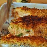 Salmone al forno con crosta di prezzemolo e senape