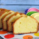 Plumcake al formaggio spalmabile – Cream cheese pound cake per lo Starbooks Redone di aprile