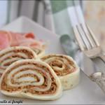 Girelle di mozzarella ai funghi (con sfoglia di mozzarella fatta in casa)