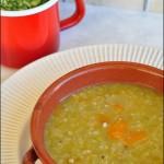Zuppa di quinoa, piselli secchi e zucca