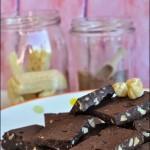 Brownie senza cottura. O fudge alle nocciole. O cioccolatini straveloci. O come vi pare.