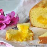 Plumcake alla panna acida con cuore di lemon curd