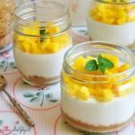 Bicchieri di cheesecake allo yogurt