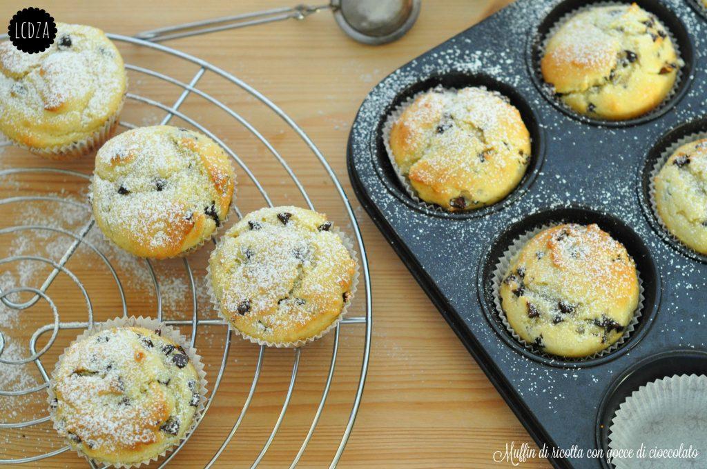 Muffin di ricotta con gocce di cioccolato 2 waterm
