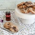 Donuts speziati al forno con glassa allo sciroppo d'acero