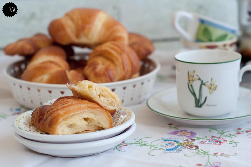Croissant 1 waterm