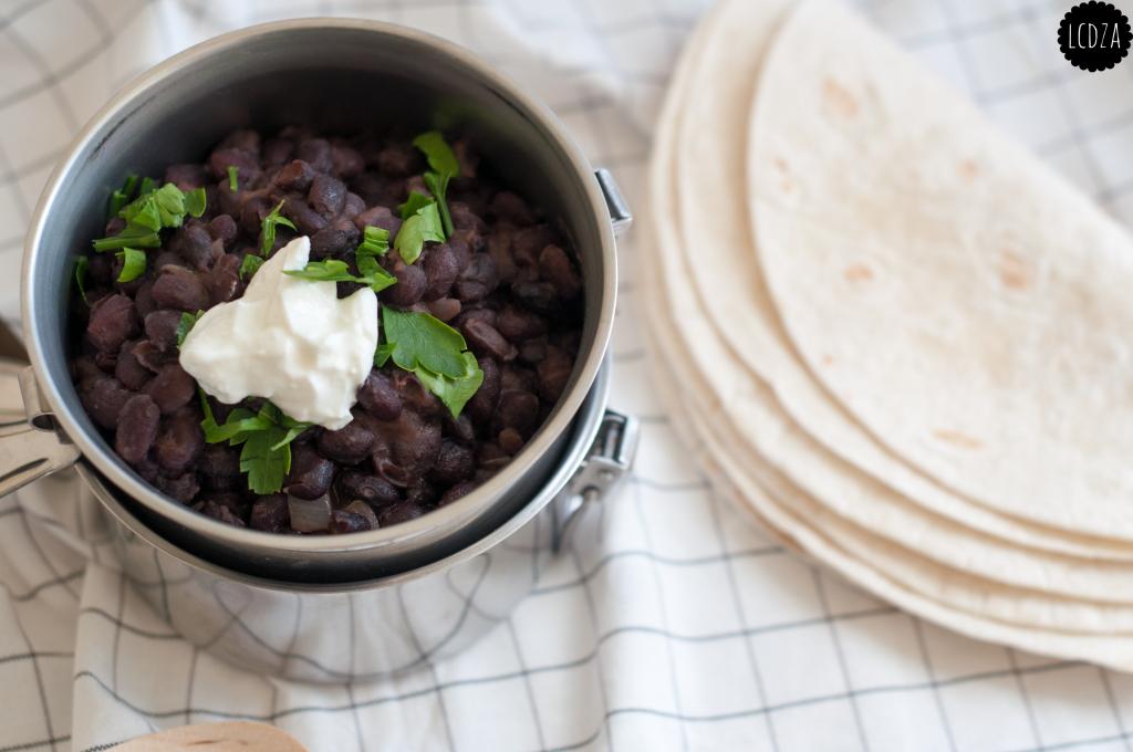 Refried black beans 4 waterm