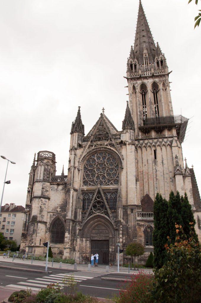 Caen-cattedrale-Normandia