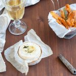 Stick di zucca con fonduta al camembert