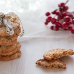 Cookies con cranberries, cioccolato bianco e noci pecan
