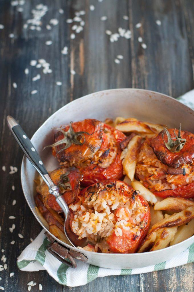 pomodori-con-riso-e-tonno