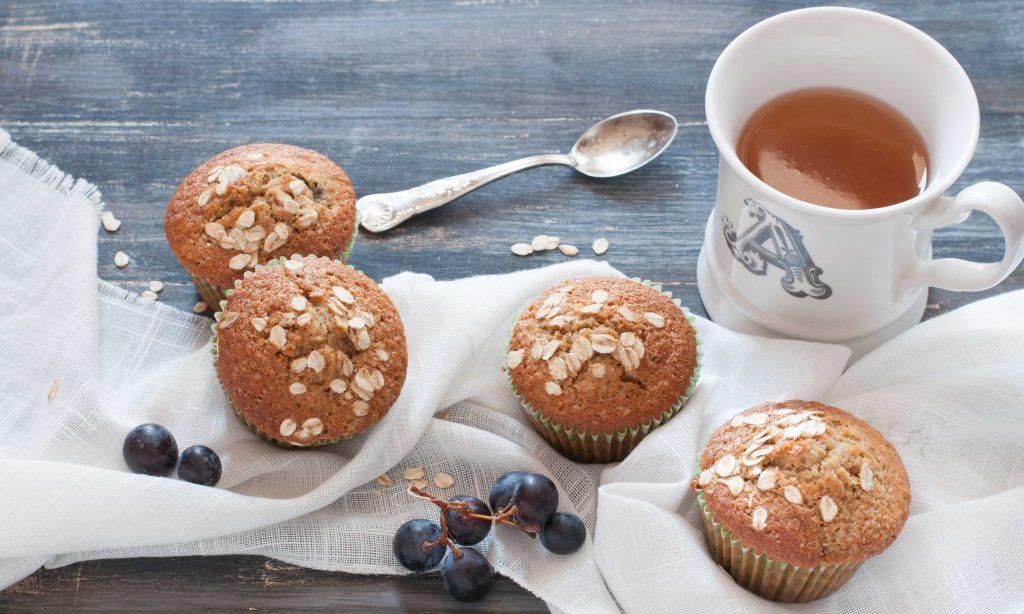 ricetta muffin integrali con uva e avena