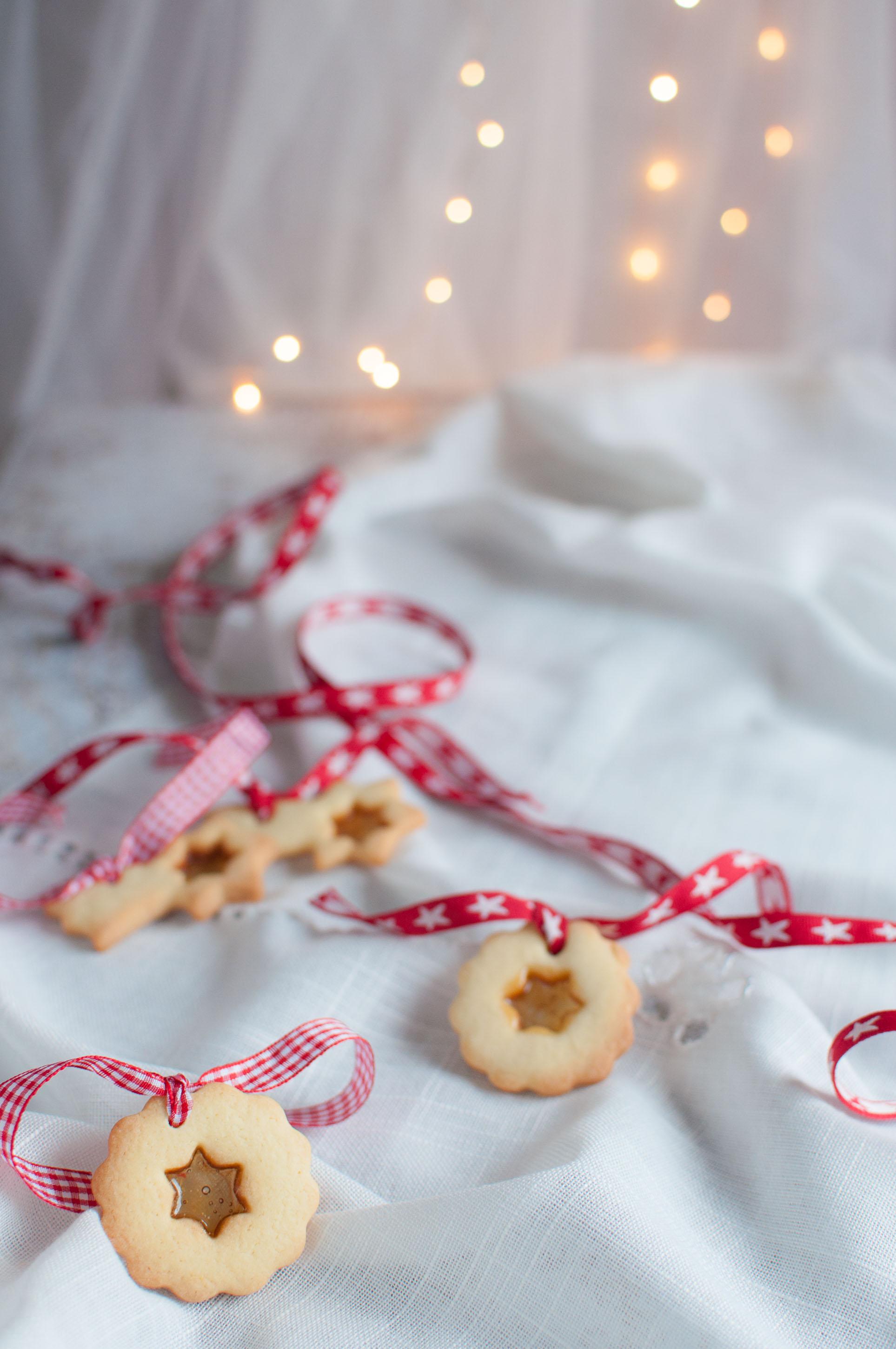 Biscotti Di Natale Effetto Vetro.Biscotti Di Vetro Ricetta Facile Biscotti Di Vetro Di Natale