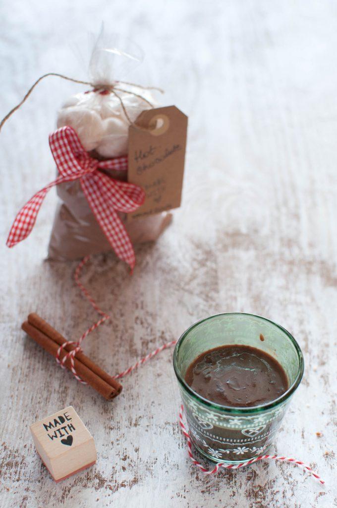 preparato-per-cioccolata-calda-in-barattolo