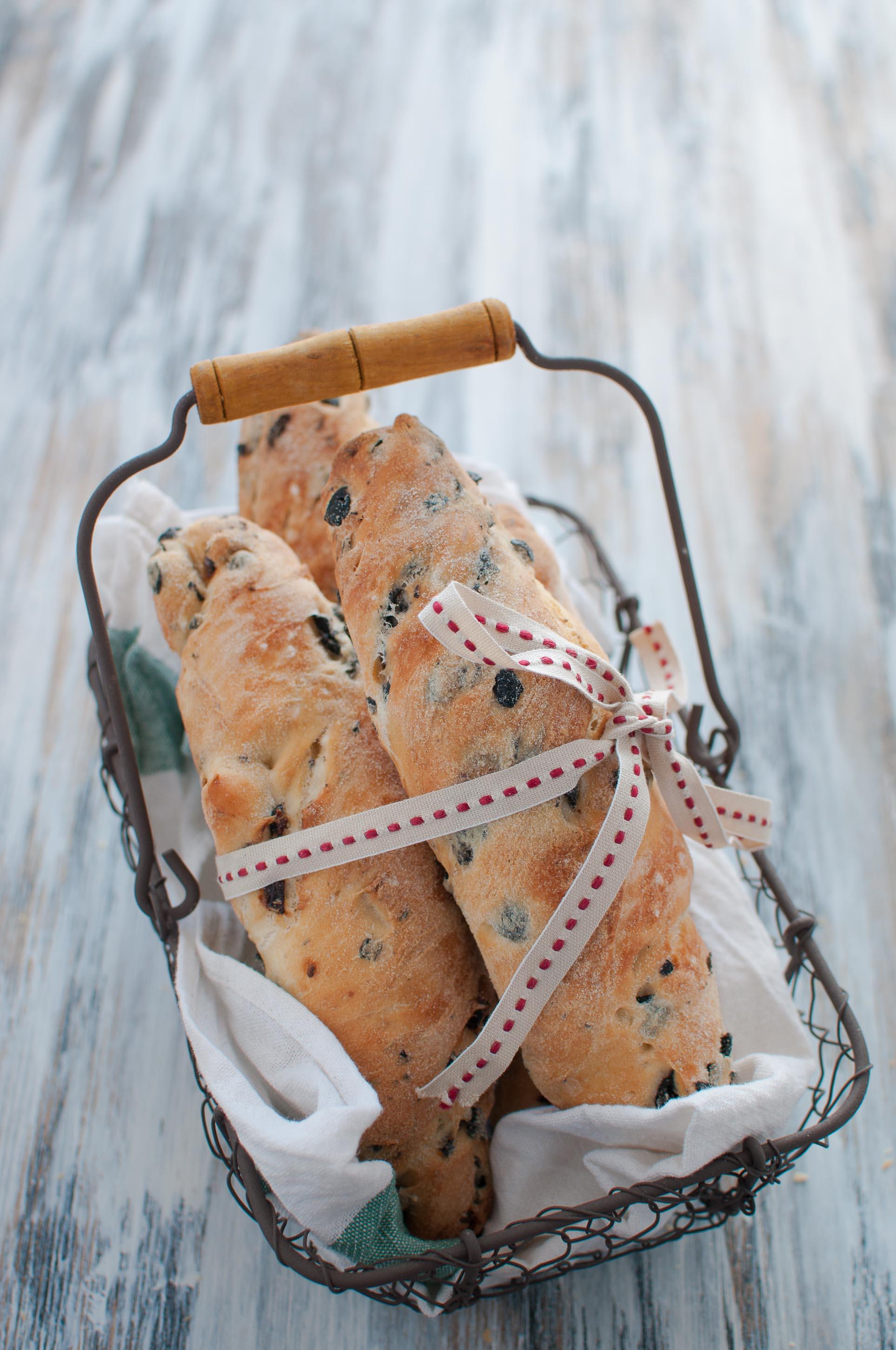 pane-bastoncini-alle-olive