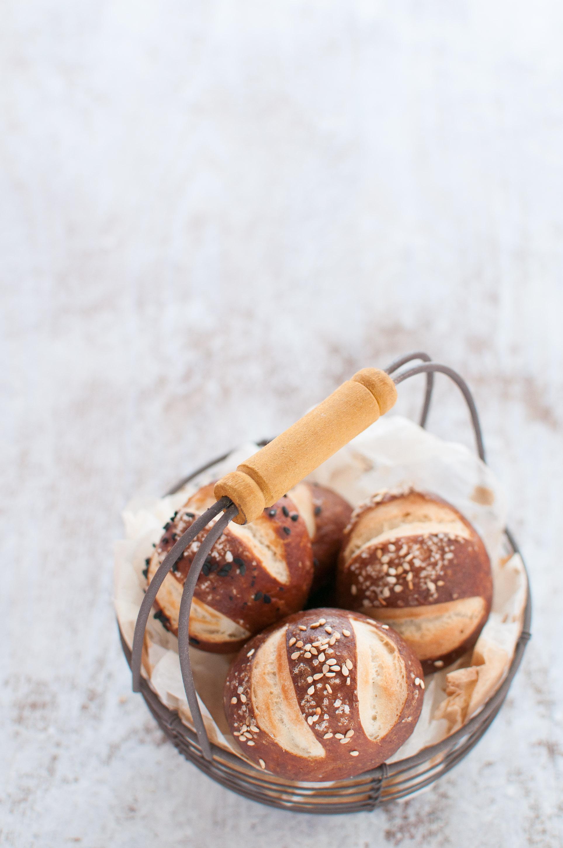 pretzel-buns-ricetta