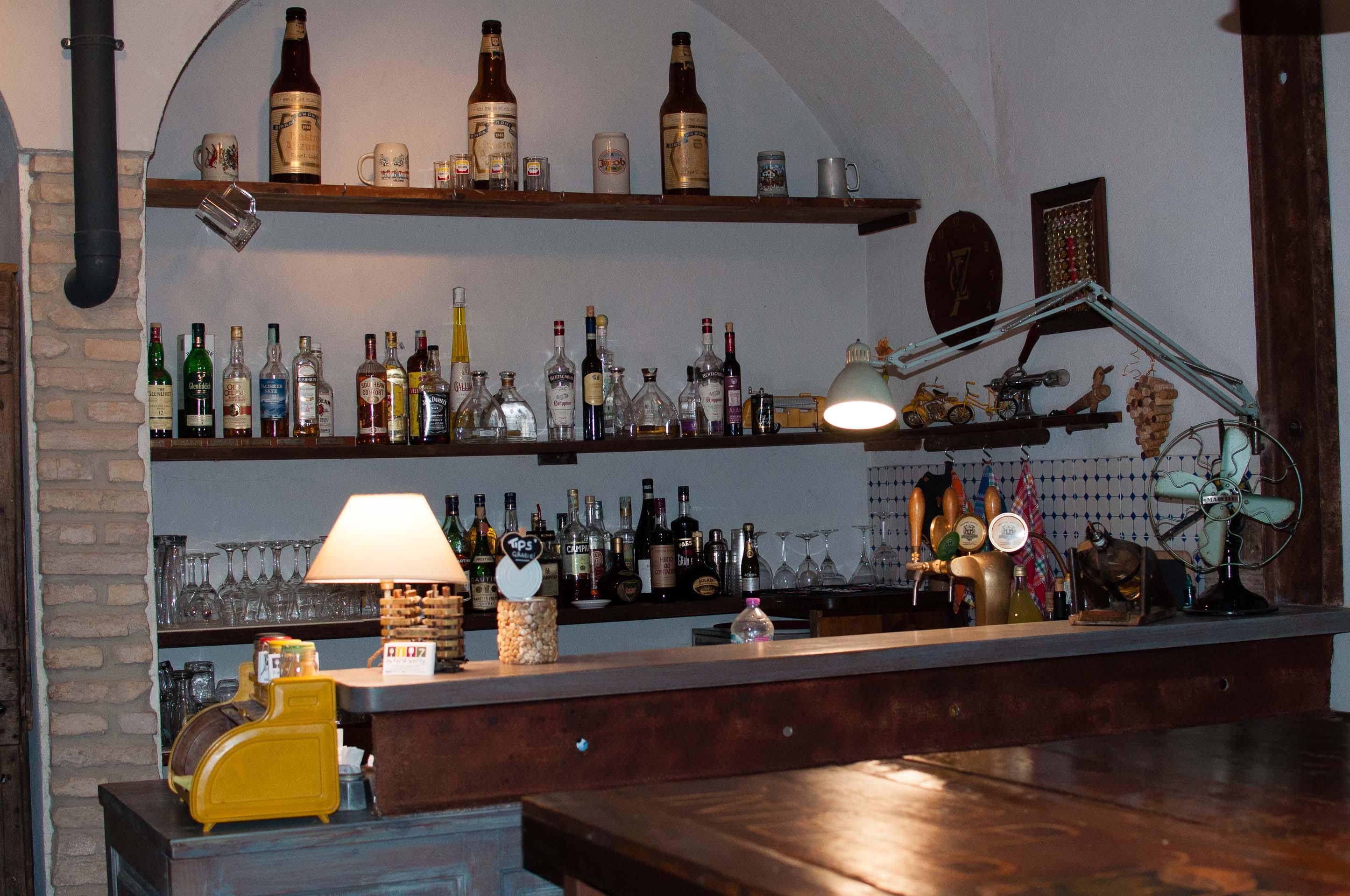 Osteria Sette Bar