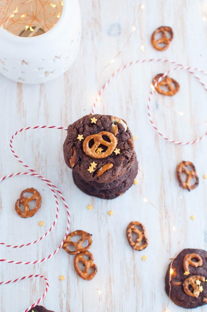 Cookies al cioccolato e pretzel
