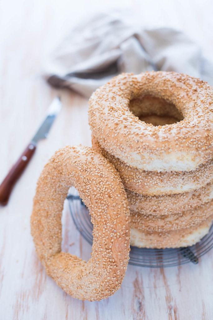Pane al sesamo greco