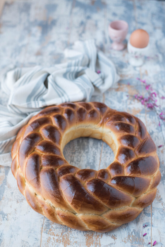 Colac bread