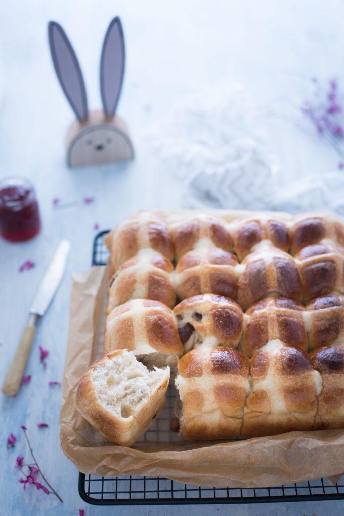Hot cross buns ricetta originale per Pasqua