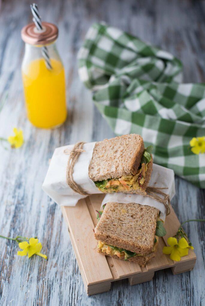 Sandwich con insalata di ceci