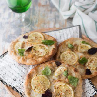 Pizzette al limone e semi di finocchio
